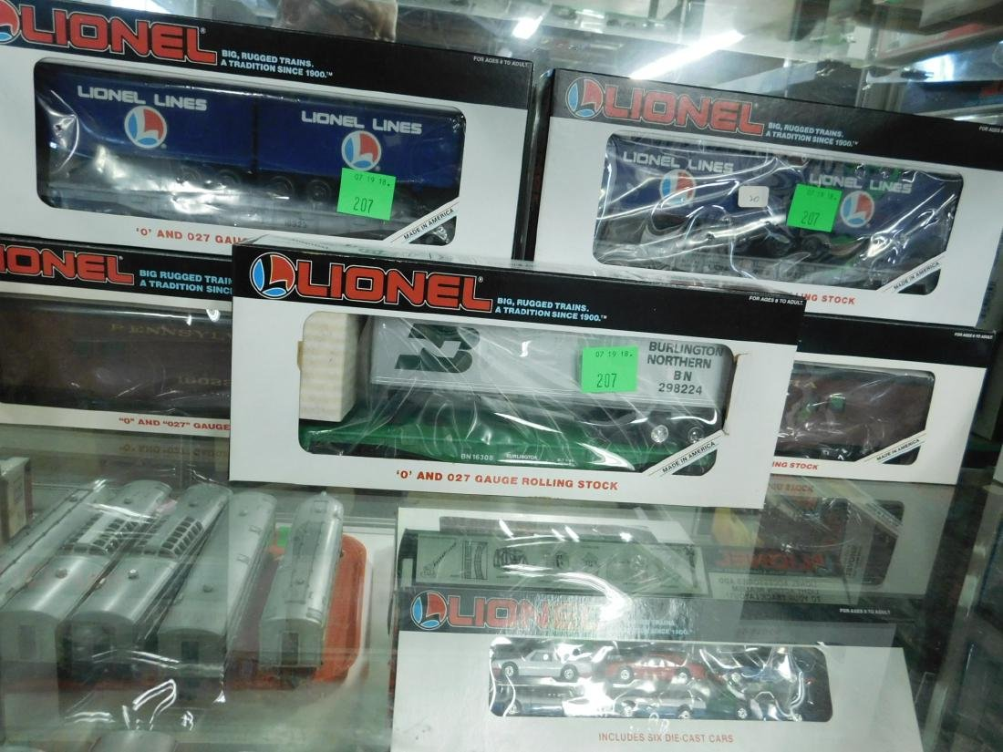 5 Lionel Rolling Stock Train Cars