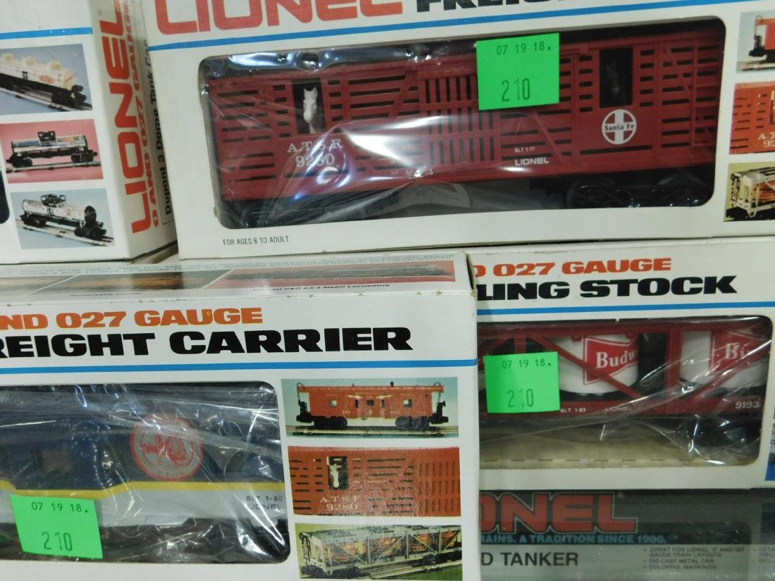5 Lionel Rolling Stock & Other Train Cars - 2