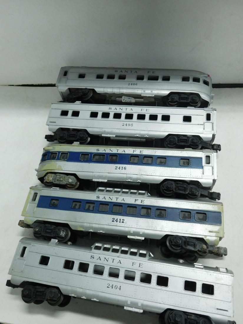 5 Lionel Postwar Santa Fe Train Cars