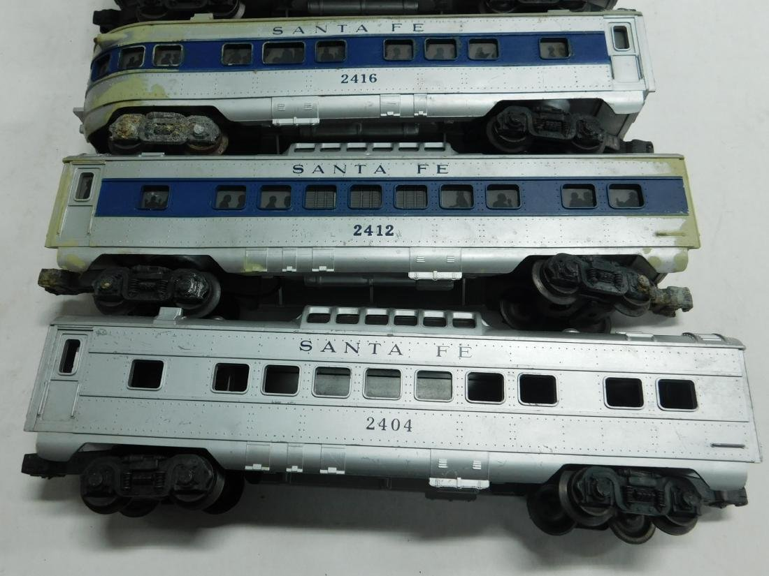 5 Lionel Postwar Santa Fe Train Cars - 2