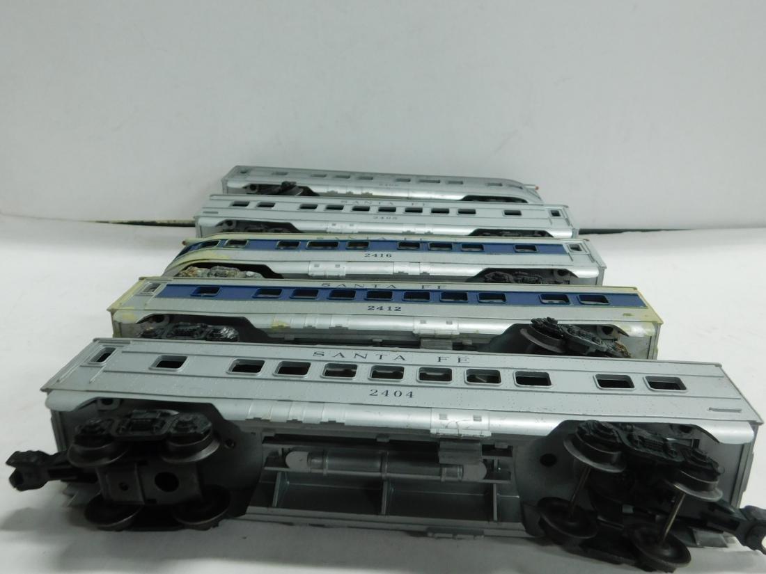 5 Lionel Postwar Santa Fe Train Cars - 5