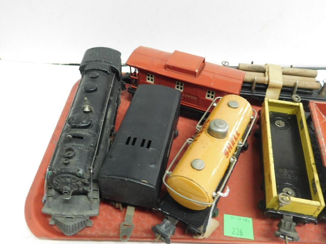 Lionel Lines Postwar Engine & Train Cars - 2