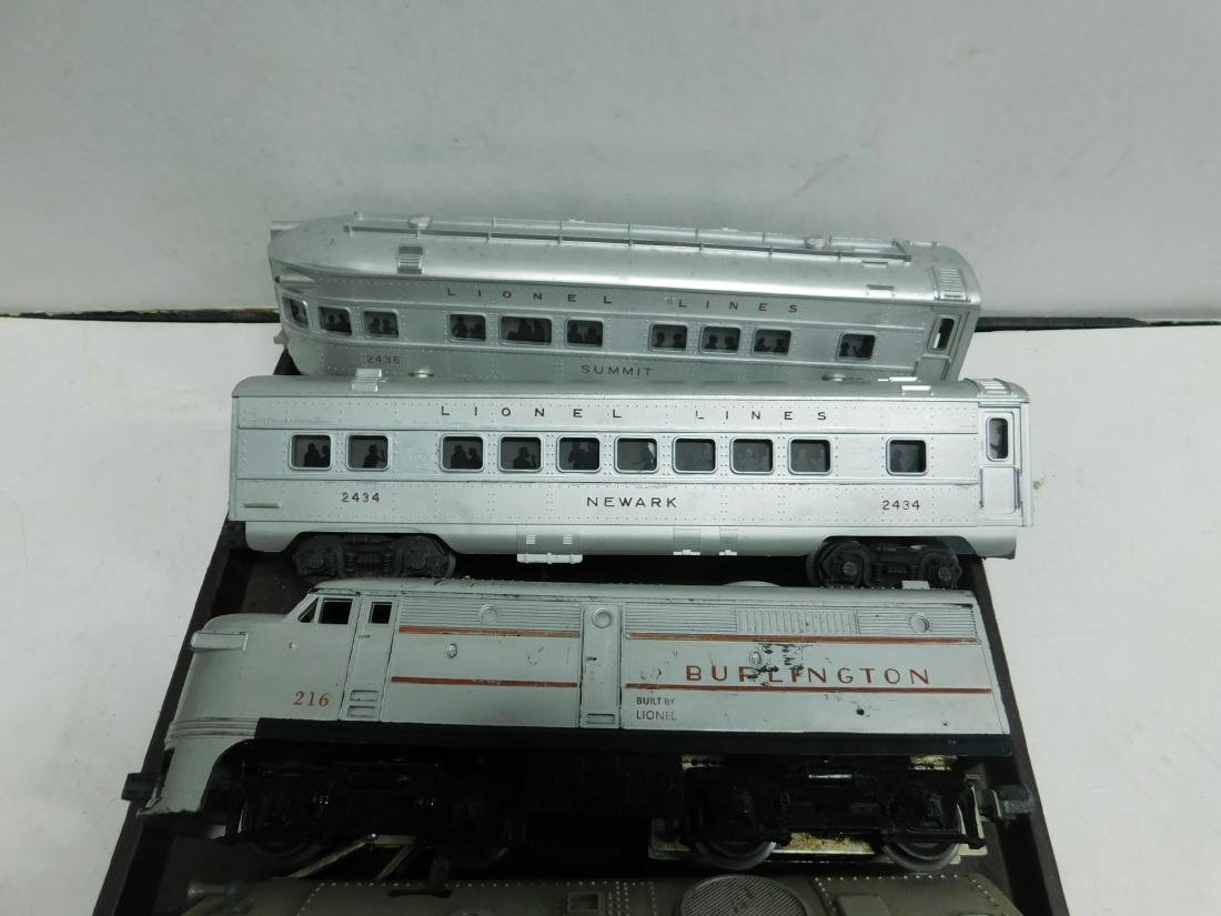 2 Lionel Switchers and 3 Passenger Cars - 5