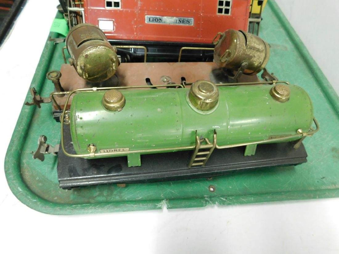 "7 Lionel Lines ""O"" Gauge Railroad Cars - 4"