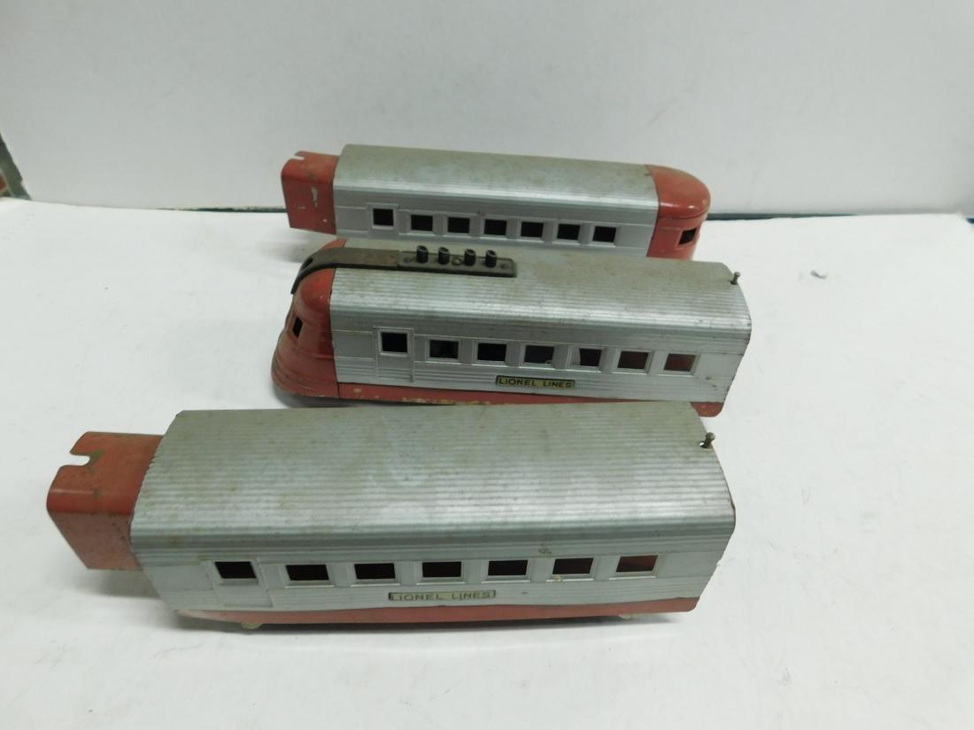 3 Pc Lionel Train & Cars