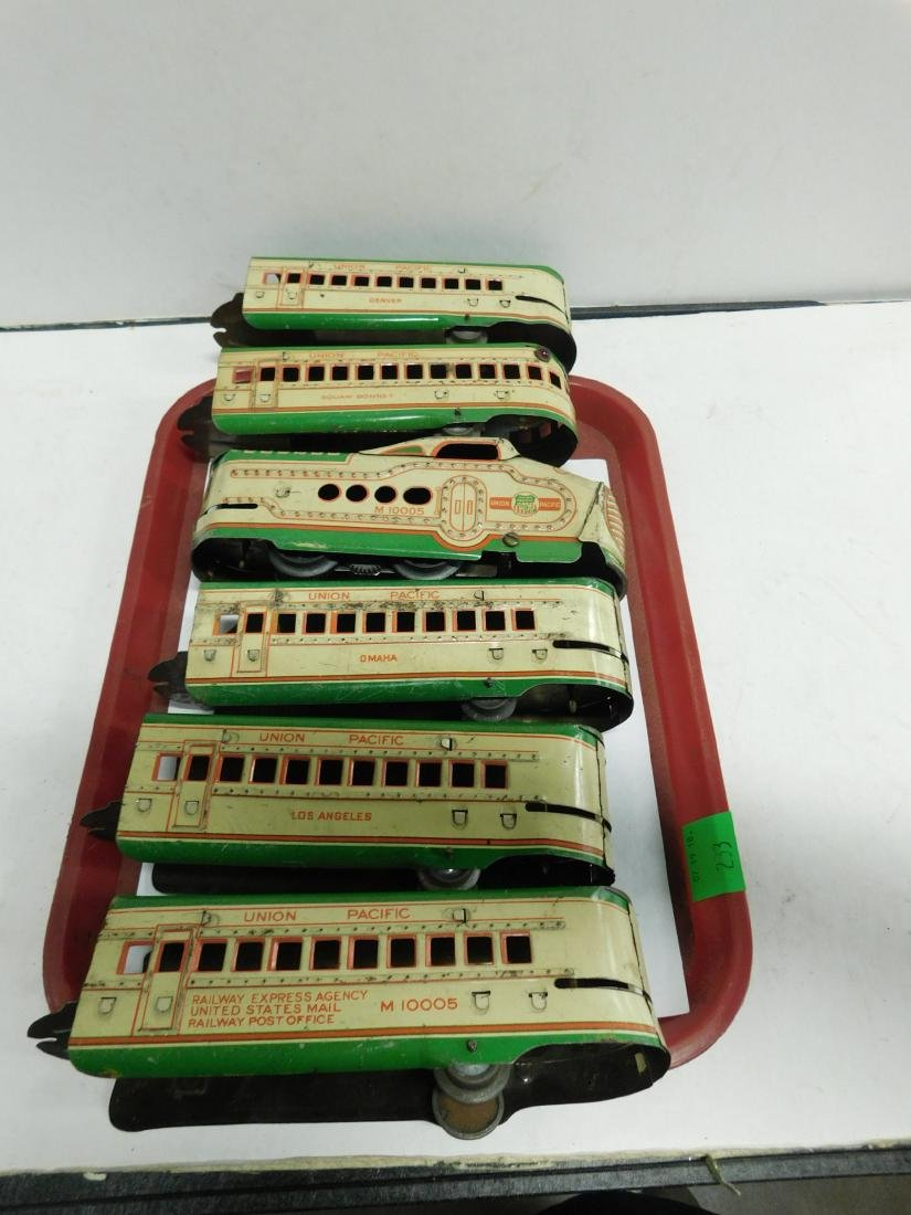 Marx Prewar 6 Piece Tin Train Set