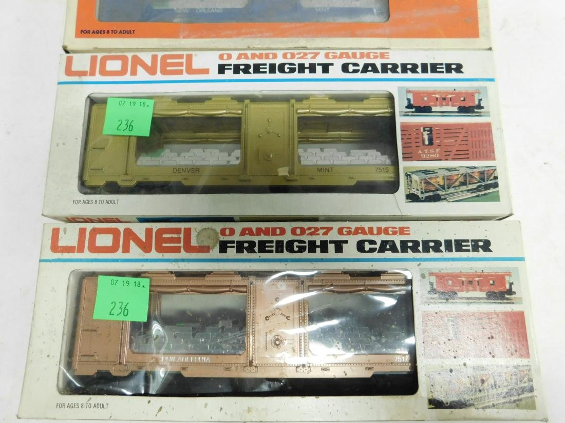 3 Lionel US Train Cars in Boxes - 2