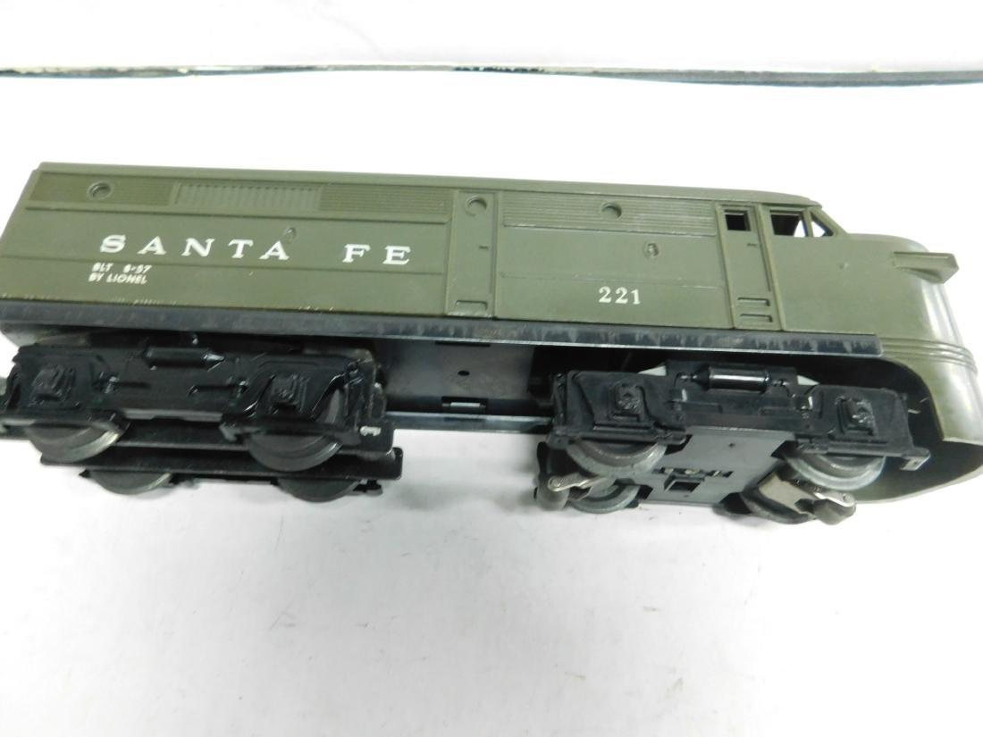 Rare Lionel Santa Fe Olive Green Diesel Engine - 3
