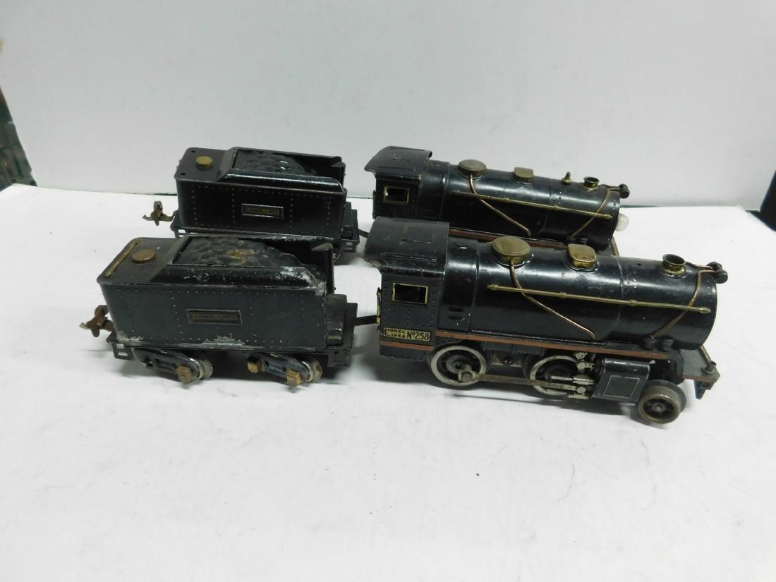 2 Lionel Lines Engines & Tenders