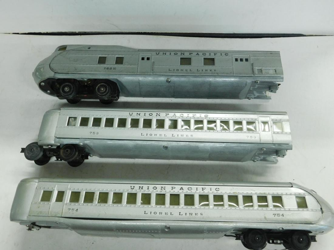 Lionel Lines Prewar 3 Piece Streamline Train Set