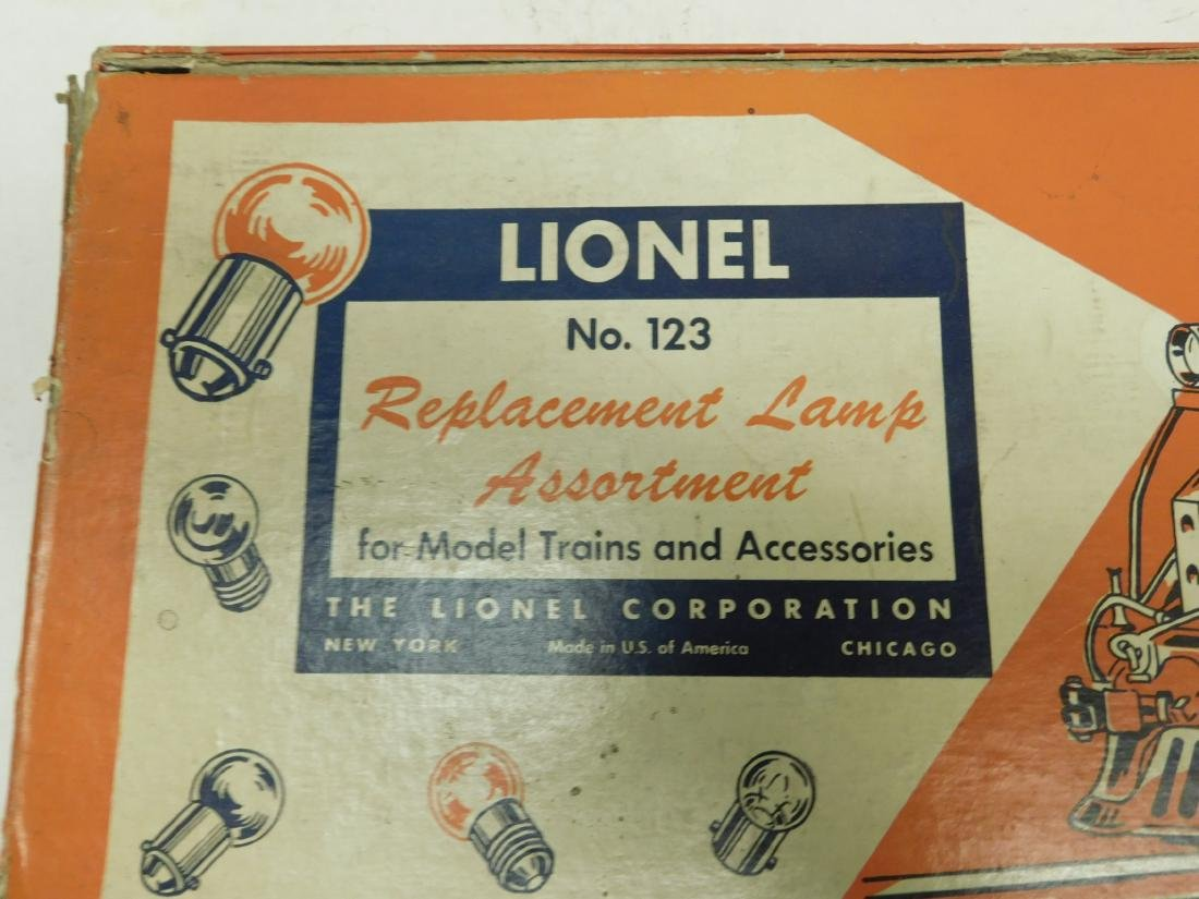 Lot Lionel & Other Train Replacement Bulb - 4