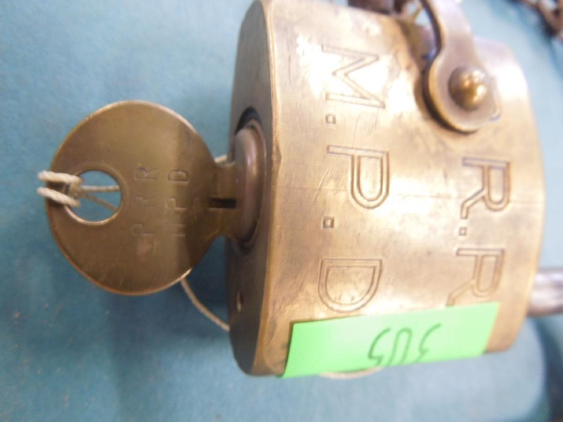 Pennsylvania Railroad Switch Lock with Key - 2