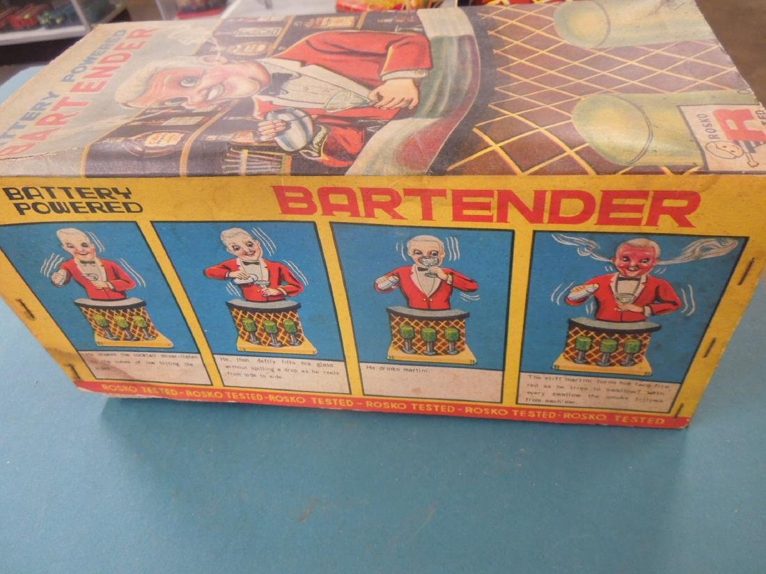 2 Vintage Tin Battery Operated Bar Tenders - 4