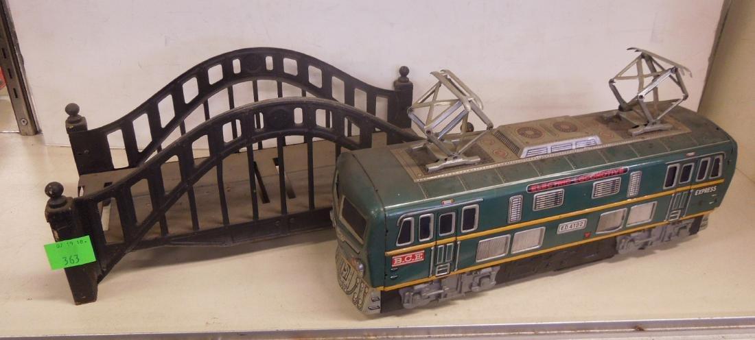 Vintage Tin Litho Battery Operated Locomotive