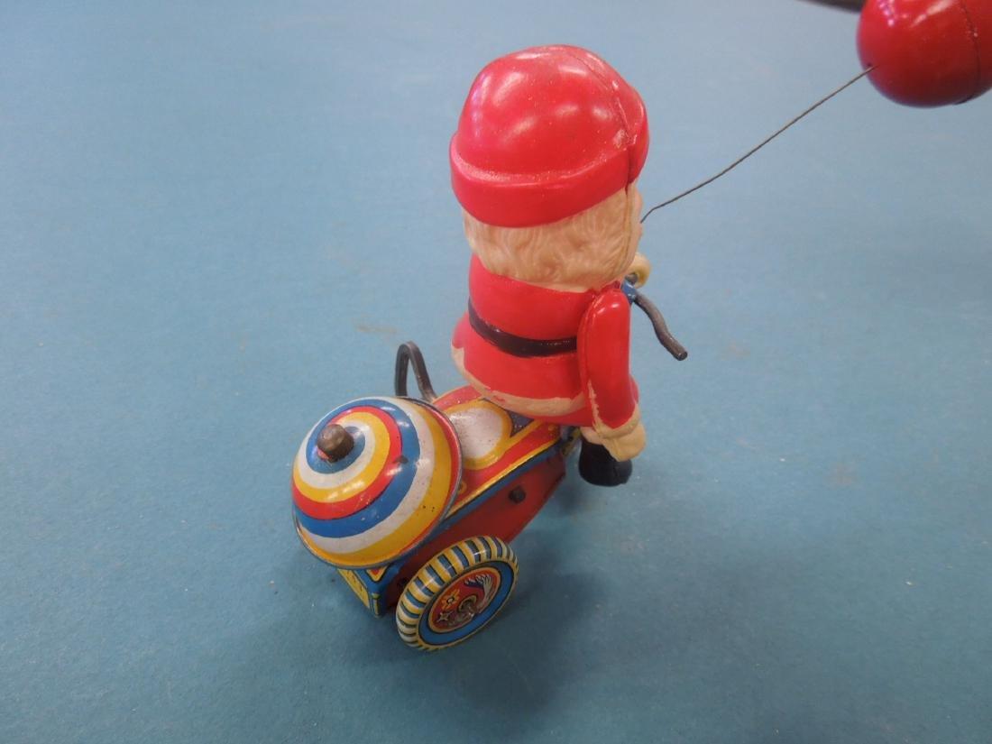 Vintage Tin Litho Wind-up Toy - 3