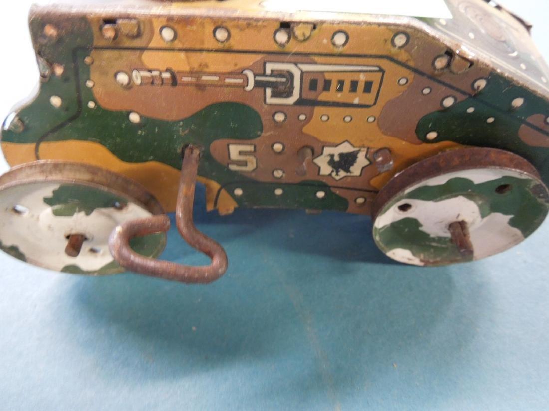 5 Tin Litho Wind-up Tanks - 10