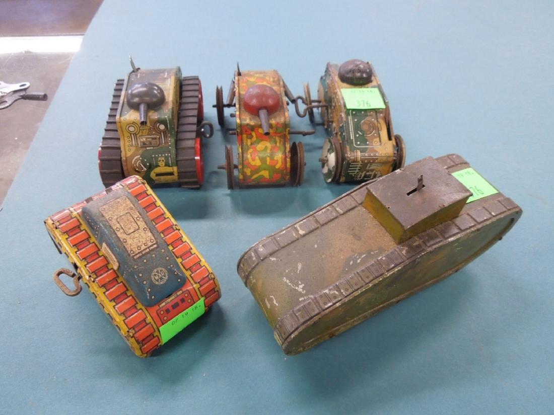 5 Tin Litho Wind-up Tanks