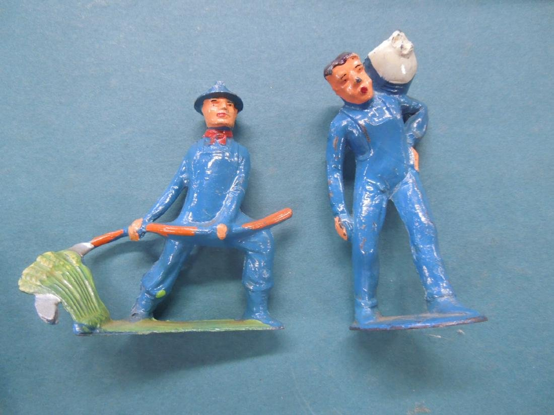 6 Metal Track Worker Figures - 2