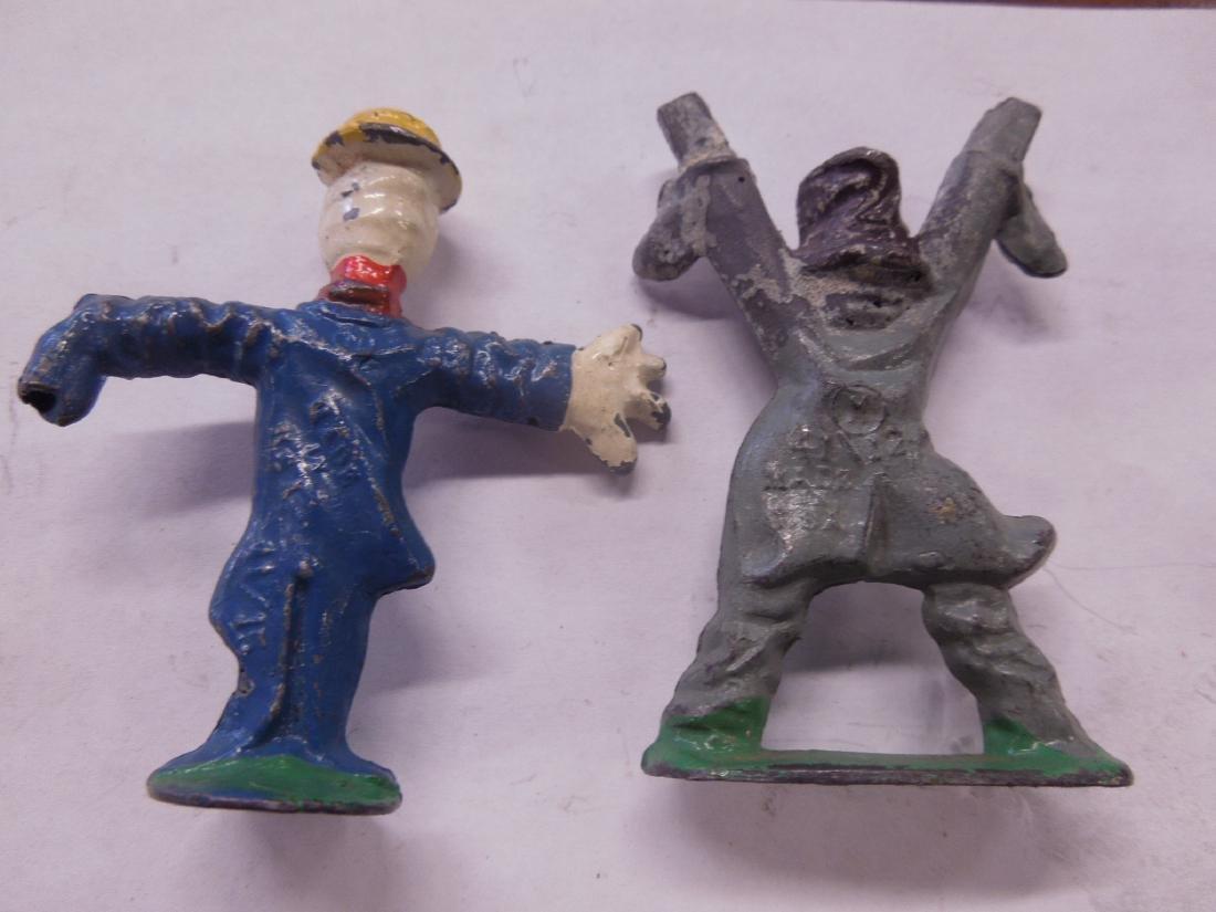 2 Rare Manoil Metal Scarecrow Figures - 4