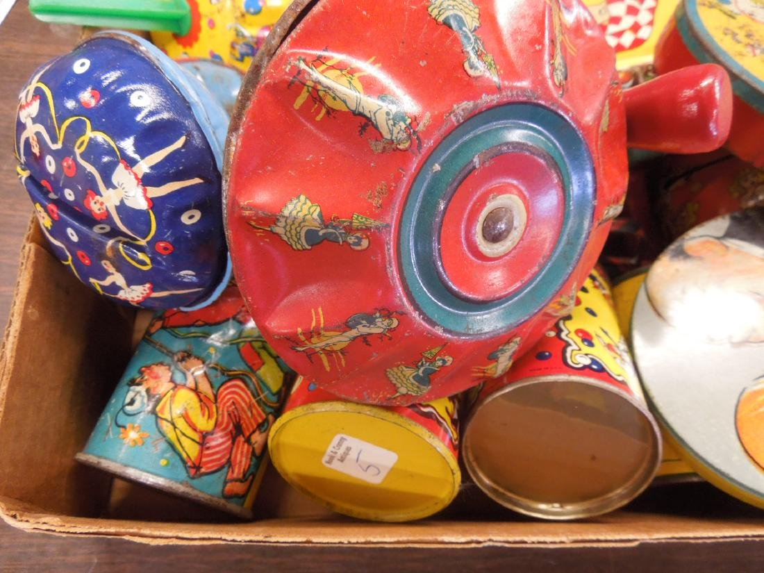 Large Lot Vintage Tin Litho Noise Makers - 5