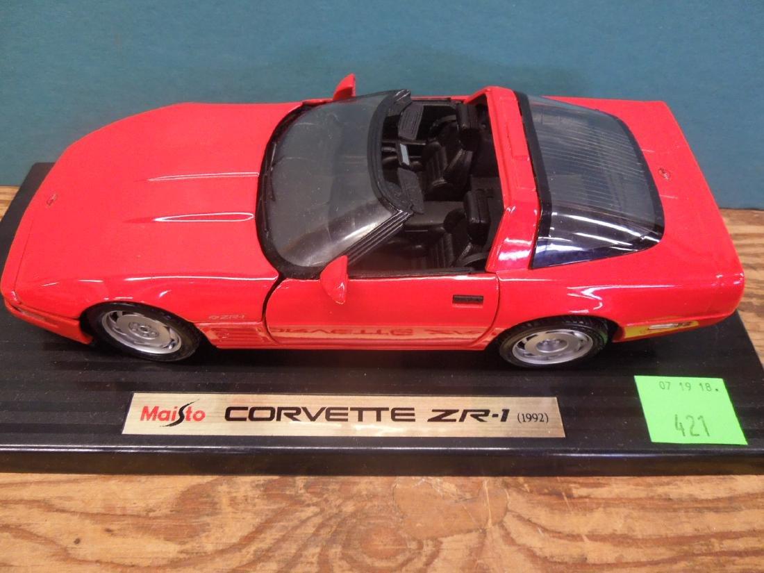 Maisto & Other Scale Corvettes & Radio - 3
