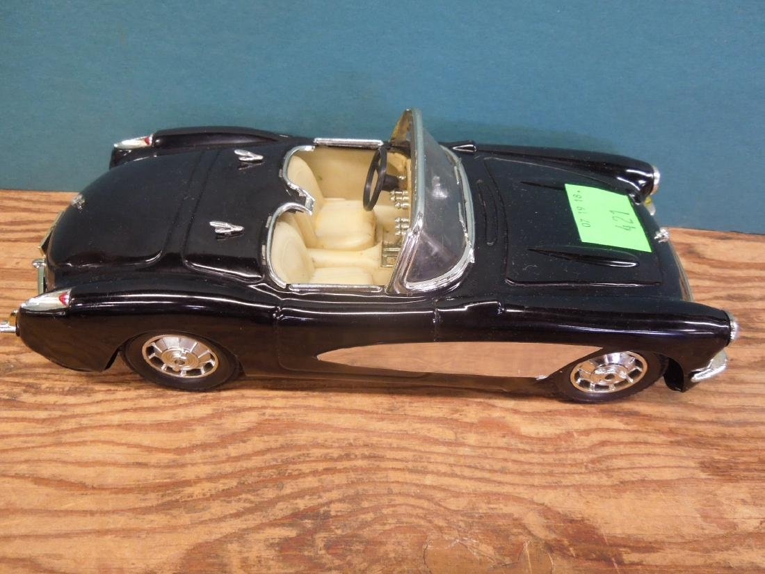 Maisto & Other Scale Corvettes & Radio - 4