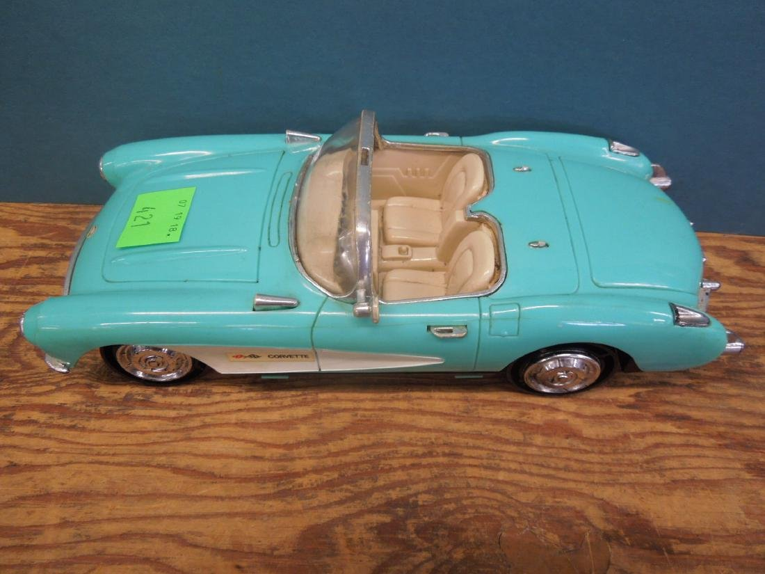 Maisto & Other Scale Corvettes & Radio - 5