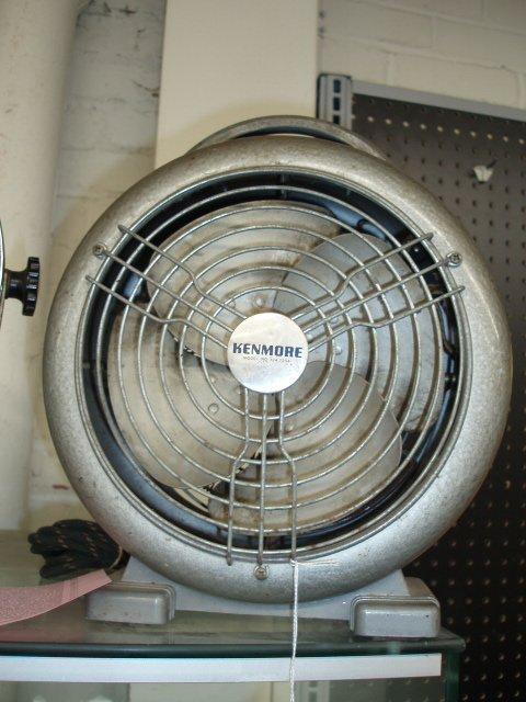 1079: 1960's Kenmore heater w/blower fan