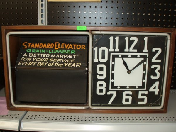 1091: 1940's neon advertising clock