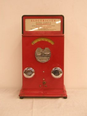 1135: 1920's Electricity Stimulator Machine