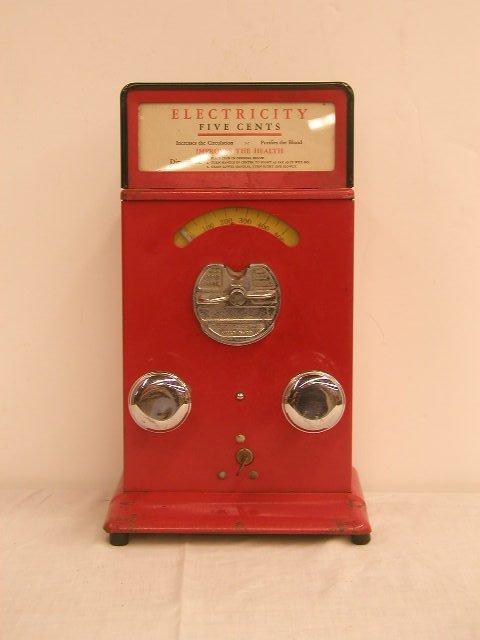 1135: 1920's Electricity Stimulator Machine