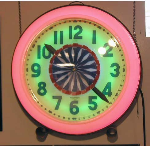 1180 1940 S Neon Spinner Wall Clock Apr 15 2007 B S