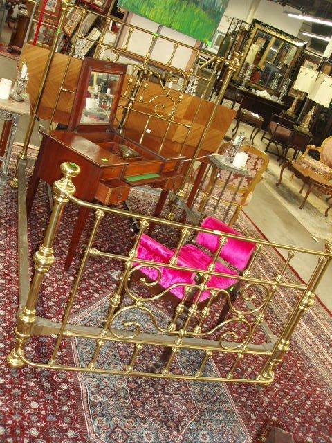 2060: Victorian brass bed,