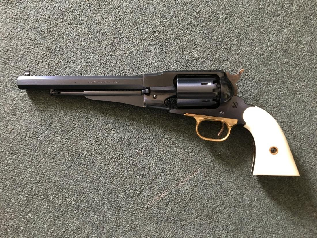 1858 Bisen Bill Revolver, Holster