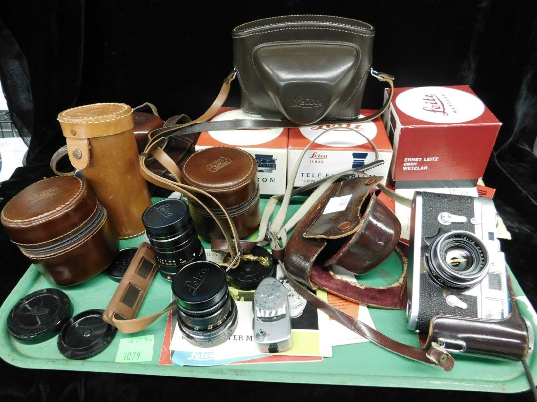 Leica M2 Camera ASA 4-1300, DIN 8 -32