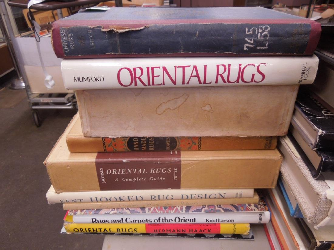 Books on Antique & Collectible Rugs & Carpets