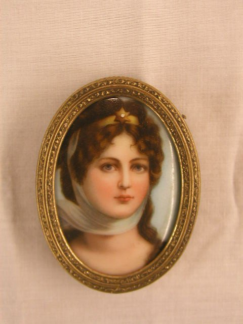 3022: 19th C. portrait painting on porcelain