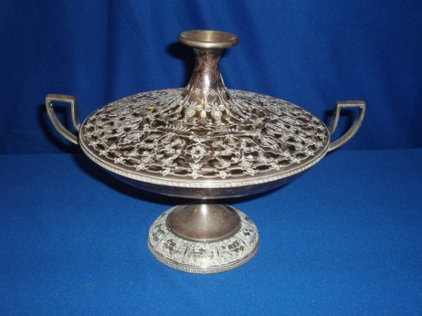 4007: Silver-plate center bowl