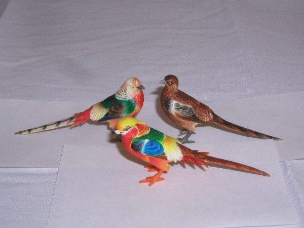 2011: Ivory bird figures