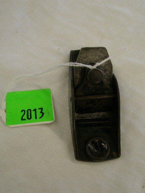 2013: Unmarked [Stanley(?)] No 101 thumb plane, circa 1