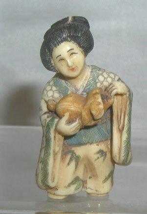 4016: Ivory geisha netsuke
