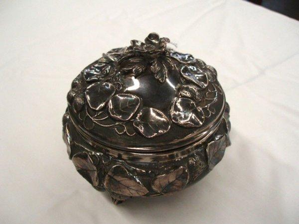 5024: Sterling powder jar