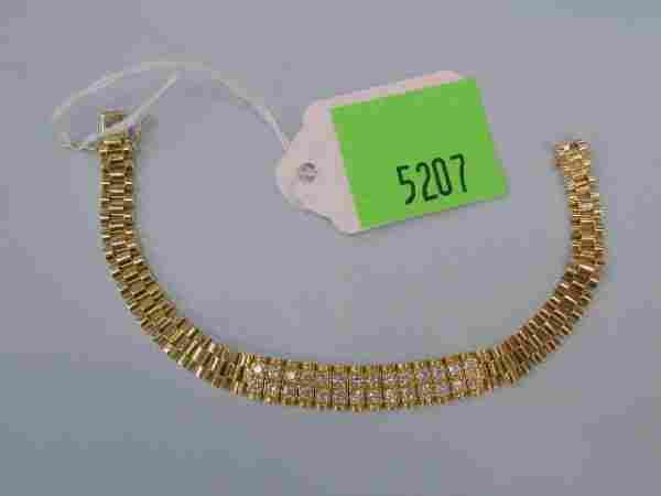 5207: 18k yg diamond bracelet