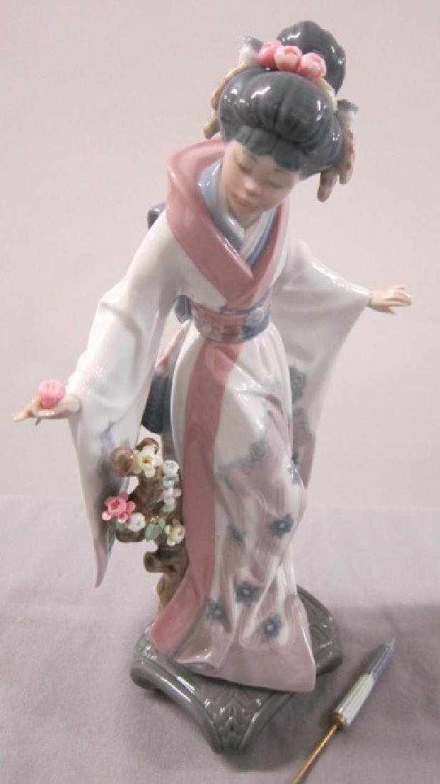 Two Lladro Porcelain Figurines - 2