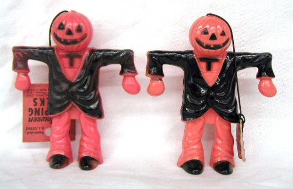 3009: Vintage plastic Halloween candy containers