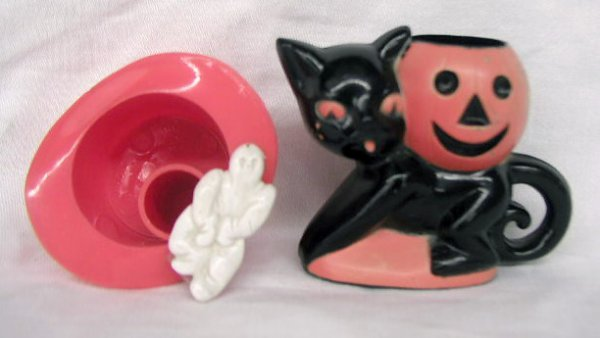 3012: Vintage plastic Halloween candy containers