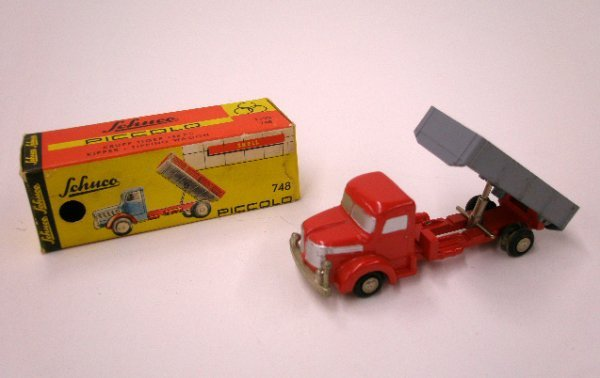 2005: 1960 Schuco Kipper Tipping Wagon
