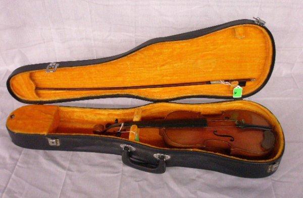 3004: Copy of Antonius Stradivarius violin