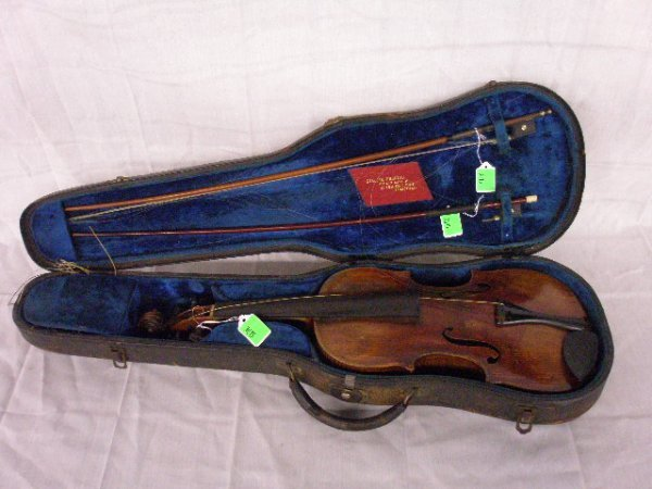 3015: Francesco Ruggieri violin