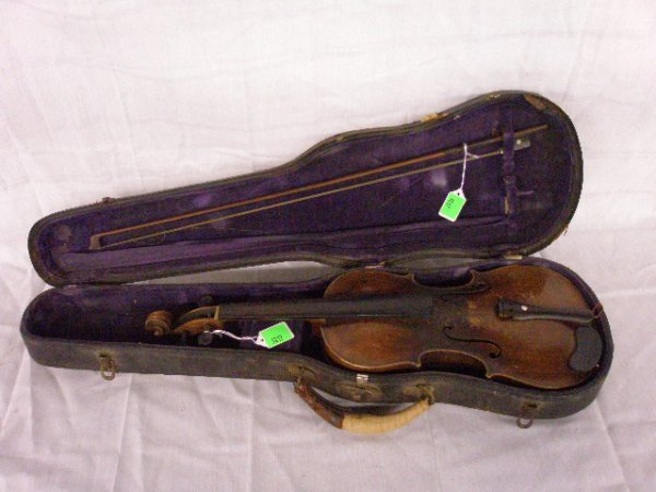 3017: Copy of Joh. Batista Schweitzer violin